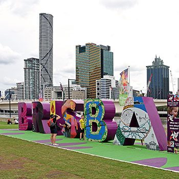 Travel video discover Brisbane by bus