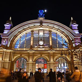Hauptbahnhof Frankfurt zur Luminale