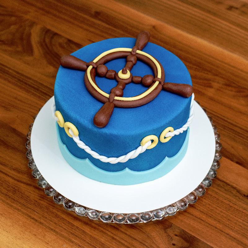 Schiff-Ahoi-Torte mit Kokosfüllung