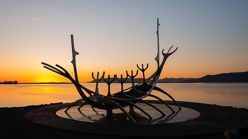 Sonnenfahrt Skulptur in Reykjavik