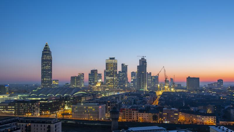 Skyline Frankfurt mit Messeturm