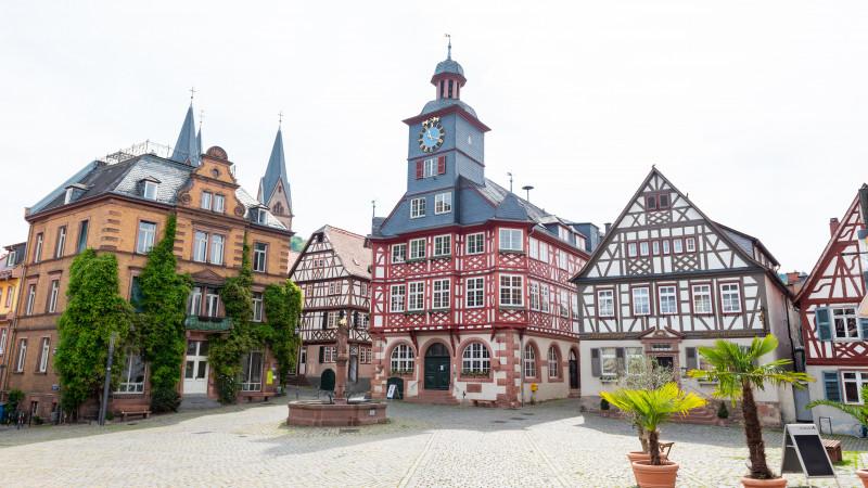 Marktplatz in der Altstadt von Heppenheim