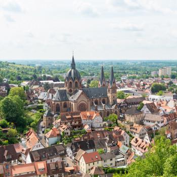 Altstadt Heppenheim mit St Peter Kirche