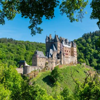 Burg Eltz im Eltzbachtal