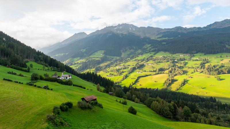 Berge und Täler bei Sterzing in Südtirol