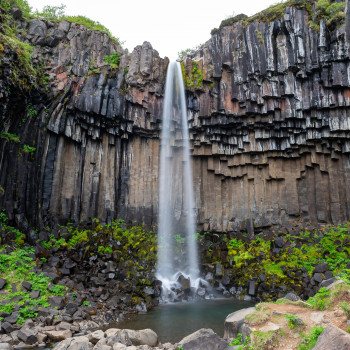 Langzeitbelichtung Svartifoss Wasserfall