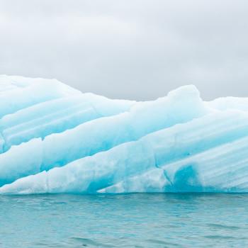Eisscholle auf dem Jökulsarlon Gletschersee