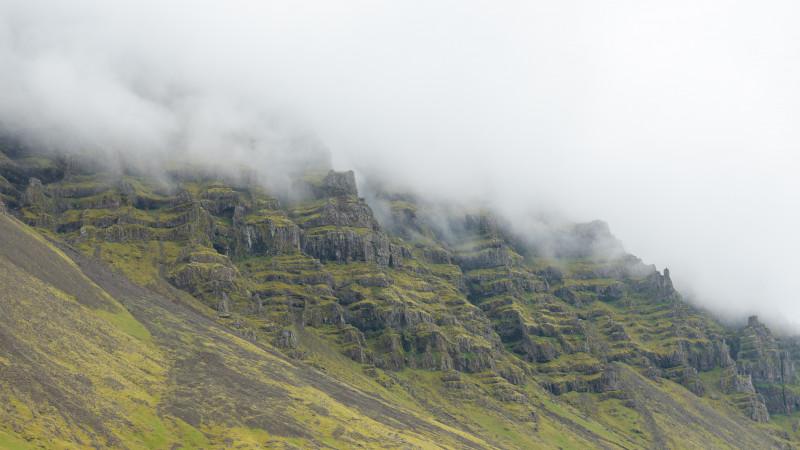 Berge im Nebel
