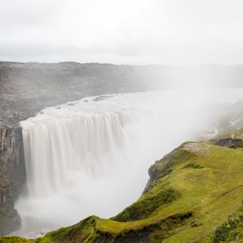 Dettifoss Wasserfall mit Langzeitbelichtung