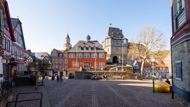 Altstadt mit Stadtverwaltung in Idstein