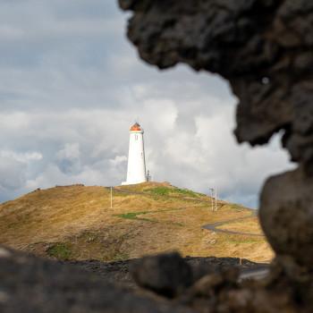 Fels mit Reykjanes Leuchtturm