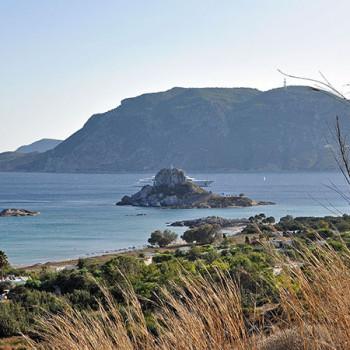 Bucht, Insel und Strand bei Kefalos auf Kos