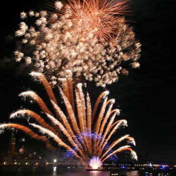Venedig - Silvesterfeuerwerk in gold