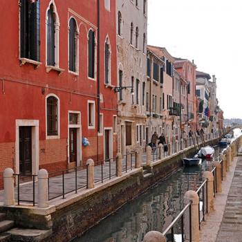 Kleiner Kanal in Venedig Dorsoduro