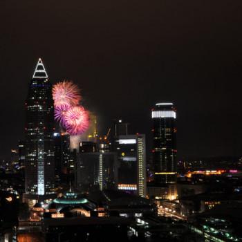 Frankfurt Skyline mit Feuerwerk beim Wolkenkratzer Festival