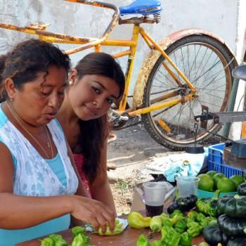 Mexikanerin auf dem Markt in Hunucma