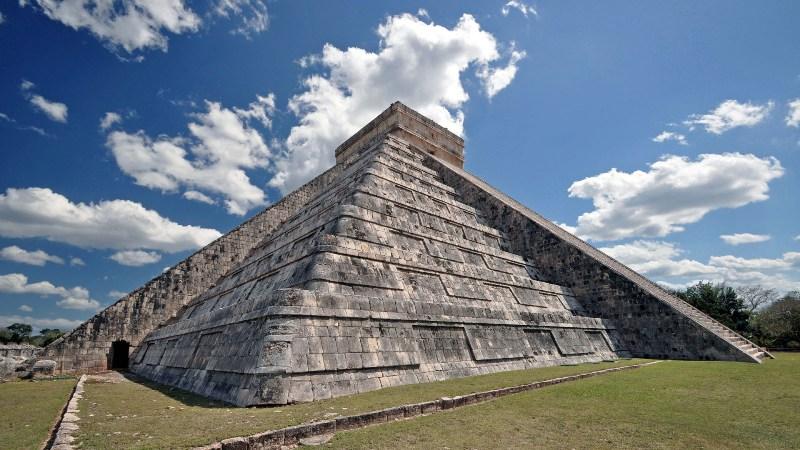 Pyramide in Chichen Itza Mexiko