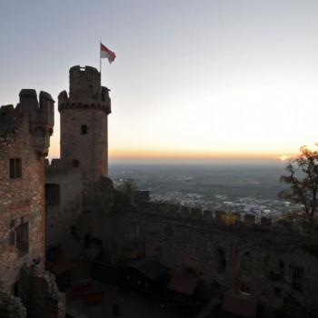 Schloss Auerbach bei Sonnenuntergang