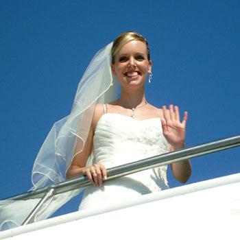 Hochzeitsbilder Ina & Jally auf dem Schiff durchs Rheingau (Teil 1v3)