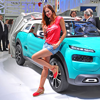 IAA Frankfurt 2015 - Video Halle 8