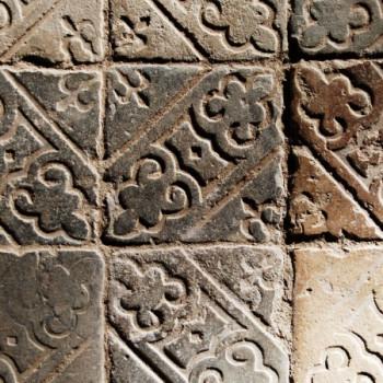 Fliesenboden mit Muster im Kloster Eberbach